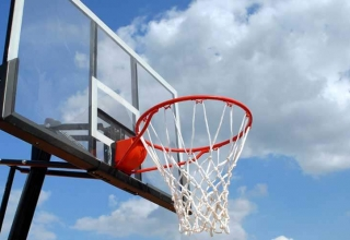 How to install a basketball hoop?